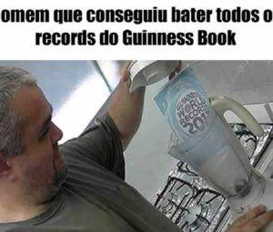 homem que conseguiu bater todos os records do guinesse book de uma vez